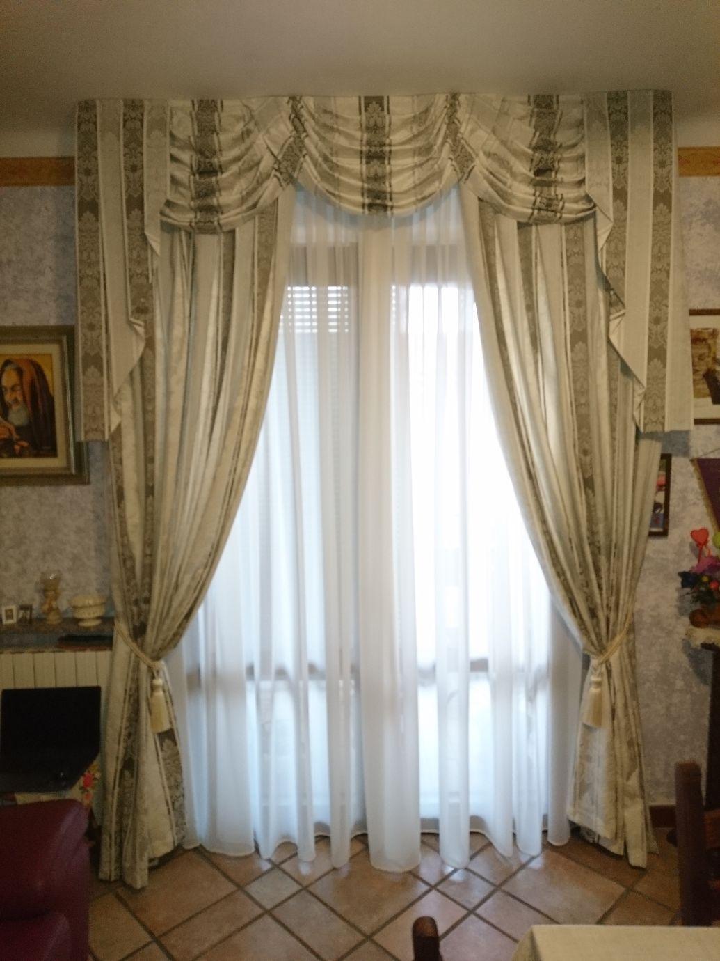 Tende arricciate per salotto, camera e sala - MAPI Tende Magenta